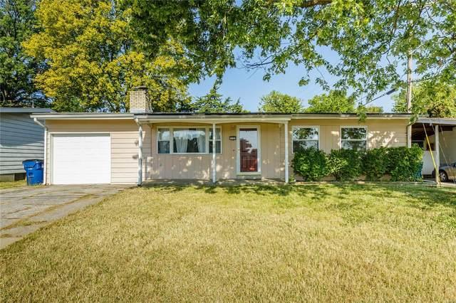 1137 Country Club Road, Saint Charles, MO 63303 (#20073271) :: PalmerHouse Properties LLC