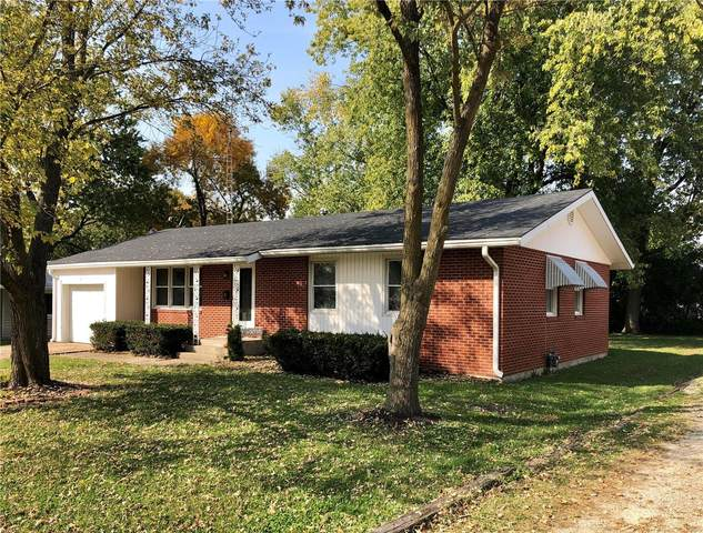 615 West Church, Bowling Green, MO 63334 (#20073841) :: The Becky O'Neill Power Home Selling Team