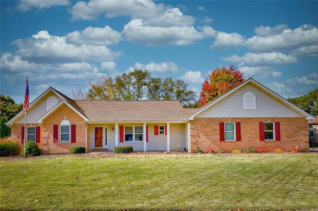 5152 Country Club Drive, High Ridge, MO 63049 (#20074746) :: PalmerHouse Properties LLC