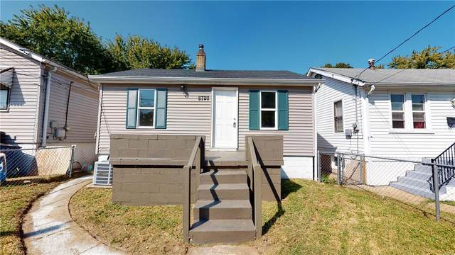 8729 S Grand Avenue, St Louis, MO 63125 (#20075062) :: Clarity Street Realty