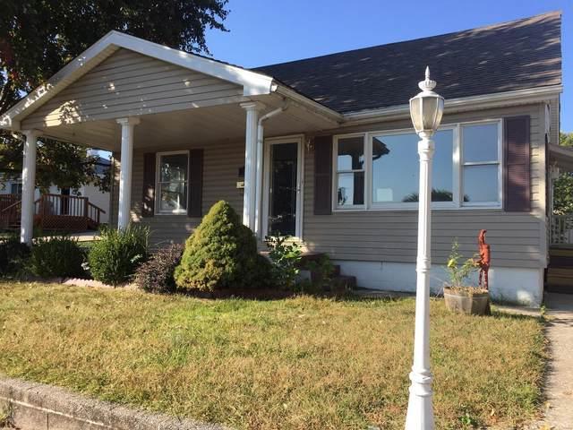 140 W 1st Street, Roxana, IL 62084 (#20075582) :: Tarrant & Harman Real Estate and Auction Co.