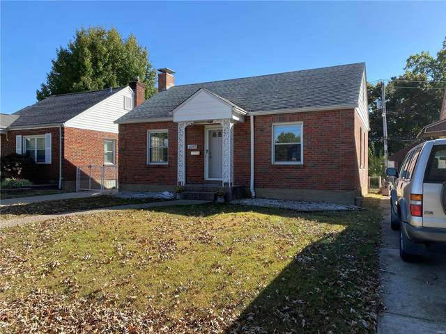 5862 Rhodes Avenue, St Louis, MO 63109 (#20075685) :: Walker Real Estate Team