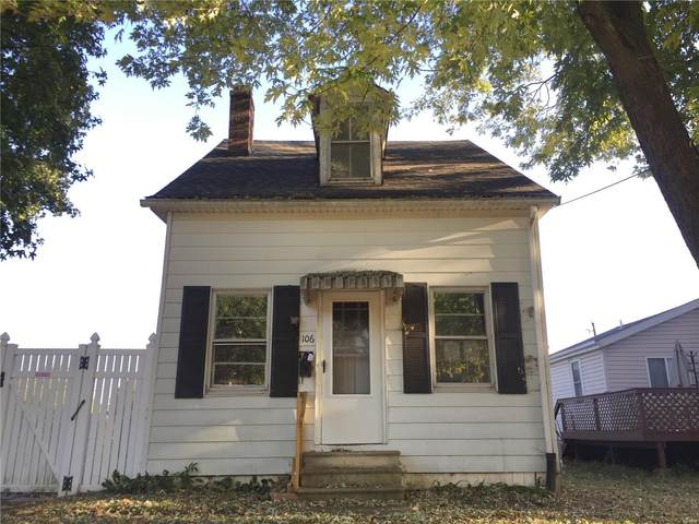 106 S 18th Street, Belleville, IL 62226 (#20075761) :: Parson Realty Group