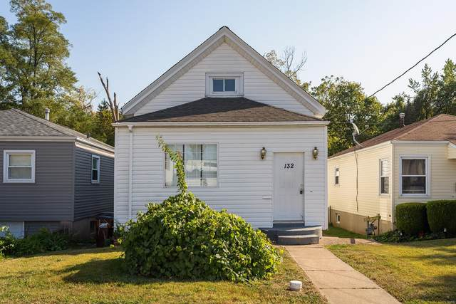 132 Cunningham Avenue, St Louis, MO 63135 (#20076008) :: Clarity Street Realty