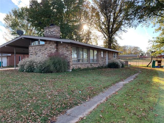 2729 Plymouth Drive, Mount Sterling, MO 65062 (#20076303) :: The Becky O'Neill Power Home Selling Team