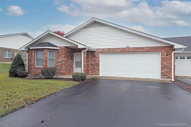 305 E Green Tree Lane, Farmington, MO 63640 (#20077569) :: The Becky O'Neill Power Home Selling Team
