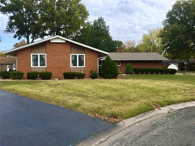420 Sunset Court, STAUNTON, IL 62088 (#20078028) :: St. Louis Finest Homes Realty Group