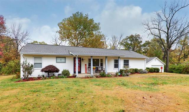 236 Highview, Ballwin, MO 63011 (#20078333) :: The Becky O'Neill Power Home Selling Team
