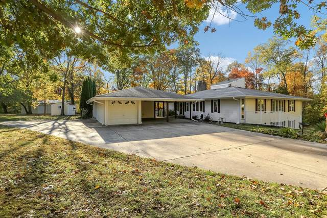31 Castle Drive, Florissant, MO 63034 (#20080268) :: The Becky O'Neill Power Home Selling Team