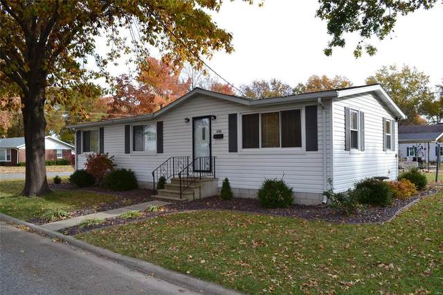 498 N Chestnut Street, BREESE, IL 62230 (#20081173) :: The Becky O'Neill Power Home Selling Team