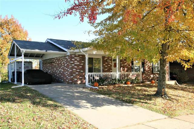 2239 Central Parkway, Florissant, MO 63031 (#20081624) :: Clarity Street Realty