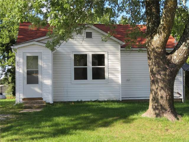 506 West Chestnut, Dixon, MO 65459 (#20081687) :: Parson Realty Group