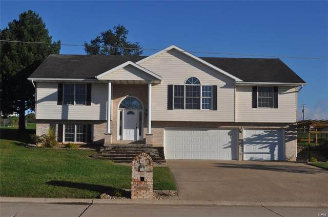 10 Hibiscus Lane, Hannibal, MO 63401 (#20083142) :: The Becky O'Neill Power Home Selling Team