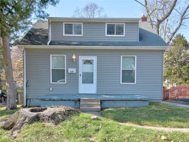 2219 Dawes, St Louis, MO 63114 (#20083384) :: Parson Realty Group