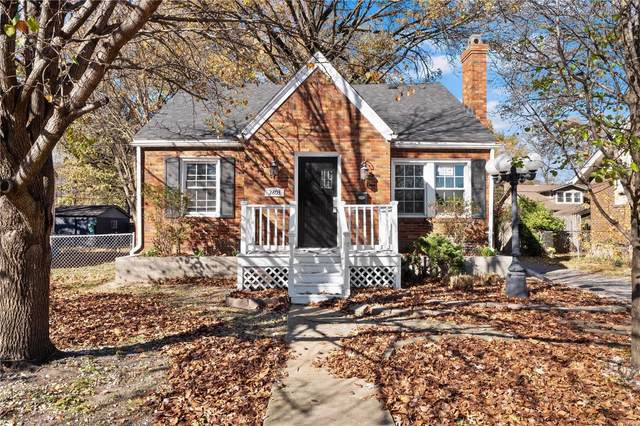 2803 Grand Avenue, Granite City, IL 62040 (#20083535) :: The Becky O'Neill Power Home Selling Team