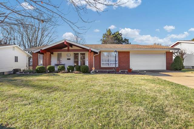 720 Coach Light Lane, Hazelwood, MO 63042 (#20083663) :: Parson Realty Group
