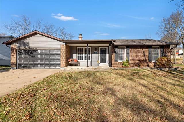 6073 Brantley Drive, St Louis, MO 63129 (#20084017) :: Parson Realty Group