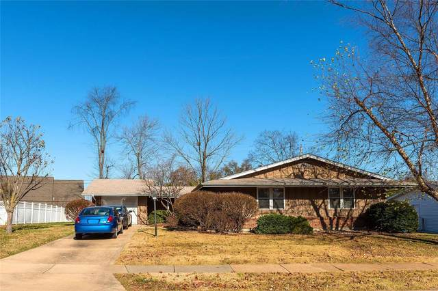 2855 Flintwood Drive, St Louis, MO 63129 (#20084029) :: Clarity Street Realty