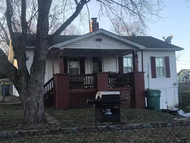 1021 S 3rd Street, De Soto, MO 63020 (#20084235) :: Parson Realty Group