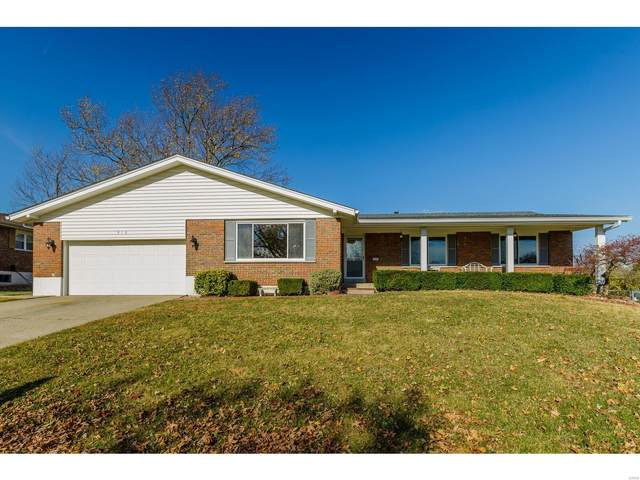 916 Palm Drive, Saint Charles, MO 63301 (#20084289) :: The Becky O'Neill Power Home Selling Team