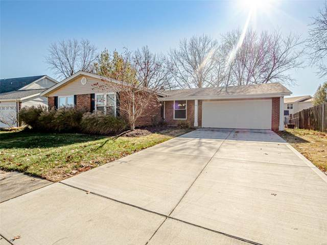 814 Forest Village, Ballwin, MO 63021 (#20084843) :: RE/MAX Vision