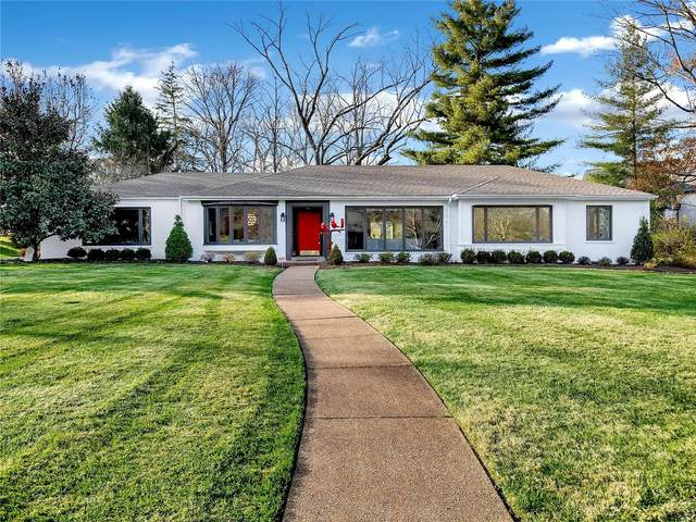 10 Ladue Manor, St Louis, MO 63124 (#20085813) :: Tarrant & Harman Real Estate and Auction Co.