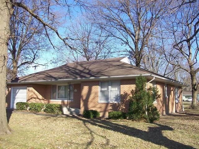 600 N Spruce Street, NOKOMIS, IL 62075 (#20087895) :: Parson Realty Group