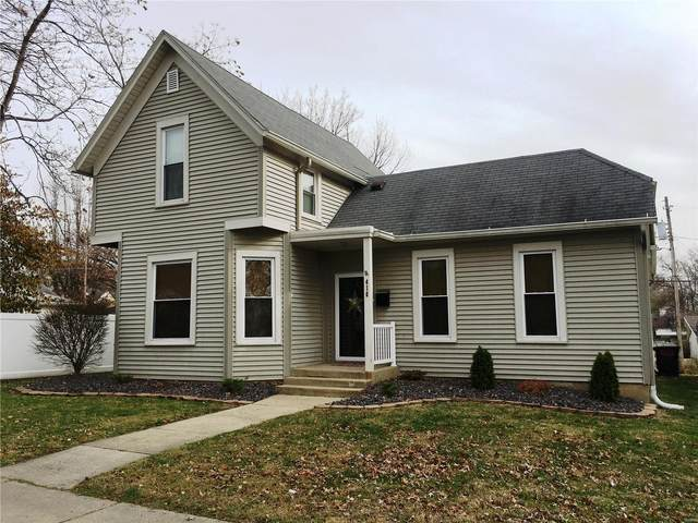 416 N Locust Street, Greenville, IL 62246 (#20088631) :: Parson Realty Group