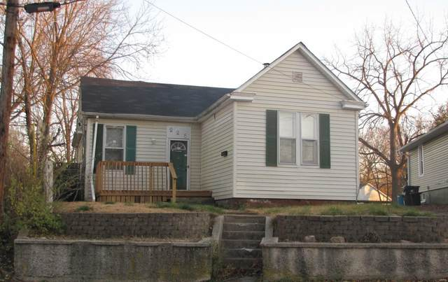 226 S 11th Street, Belleville, IL 62220 (#20088817) :: Tarrant & Harman Real Estate and Auction Co.