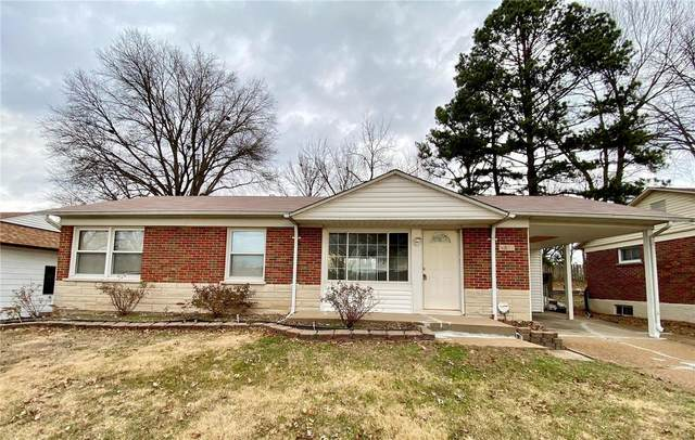 4427 Little Chief Drive, St Louis, MO 63123 (#20090666) :: Parson Realty Group