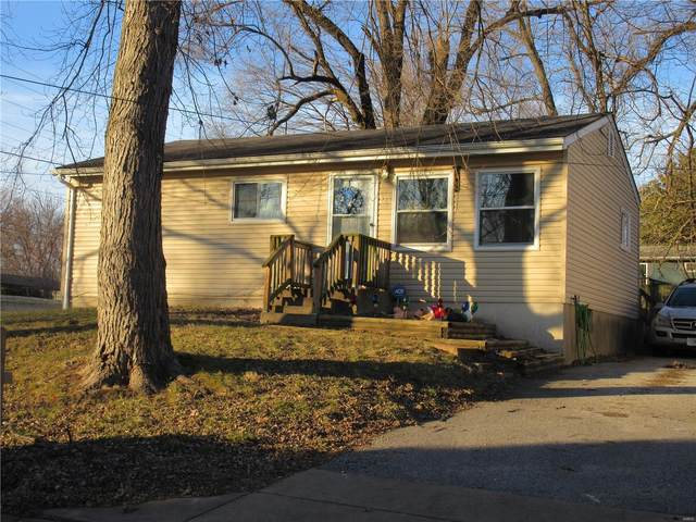 235 Manning Avenue, St Louis, MO 63135 (#20090863) :: The Becky O'Neill Power Home Selling Team