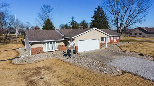 117 Maple Street, BENLD, IL 62009 (#21001030) :: The Becky O'Neill Power Home Selling Team