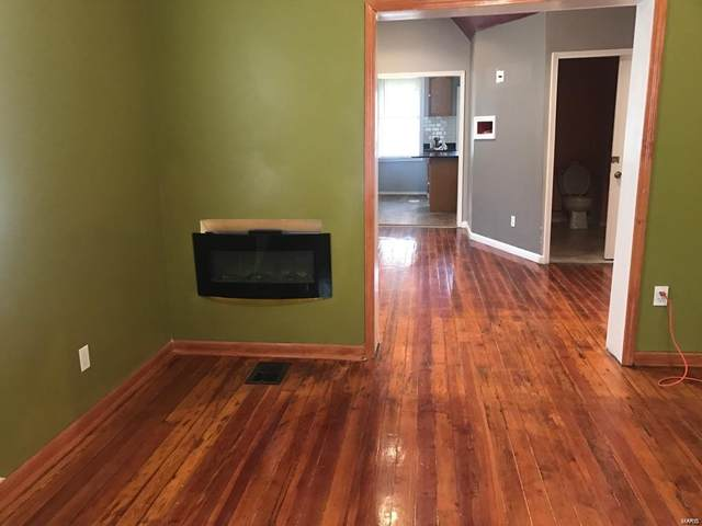 5379 Wabada Ave, St Louis, MO 63112 (#21001228) :: The Becky O'Neill Power Home Selling Team