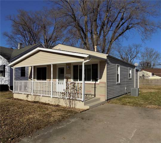 1633 Sycamore Street, Granite City, IL 62040 (#21002098) :: Clarity Street Realty