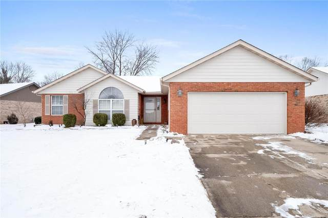 1708 Spruce Hill Drive, Belleville, IL 62221 (#21002748) :: Fusion Realty, LLC