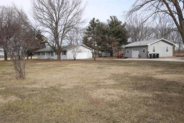 679 S Us Highway 67, KANE, IL 62054 (#21002756) :: The Becky O'Neill Power Home Selling Team