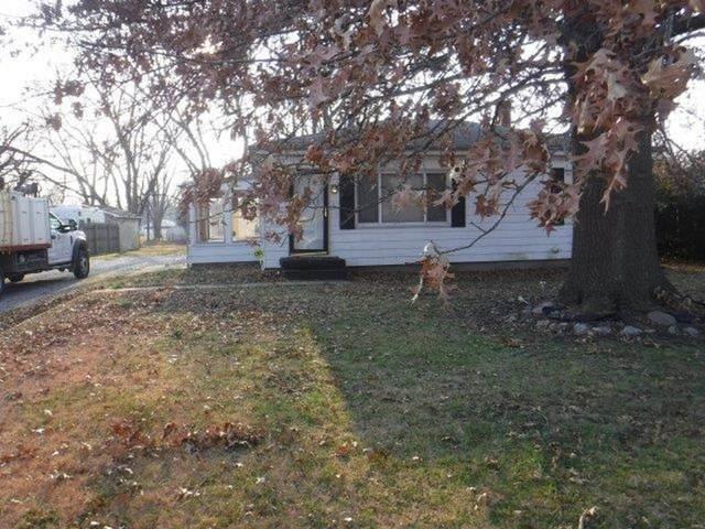 2336 Carol Street, Cahokia, IL 62206 (#21003993) :: The Becky O'Neill Power Home Selling Team