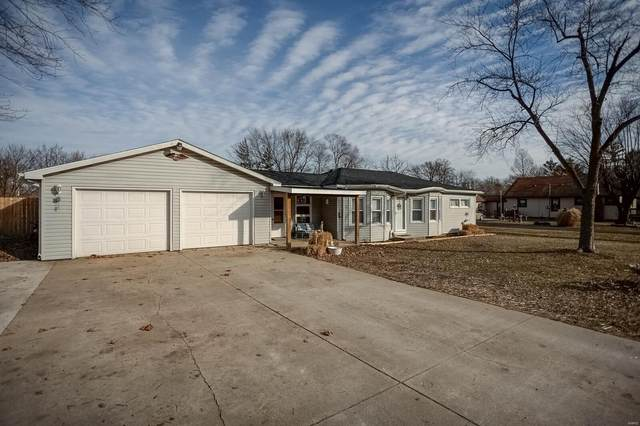 511 E Morgan, BUNKER HILL, IL 62014 (#21004191) :: Tarrant & Harman Real Estate and Auction Co.