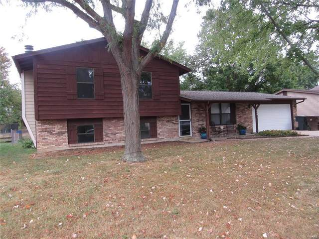114 El Perro, Saint Peters, MO 63376 (#21004303) :: Parson Realty Group