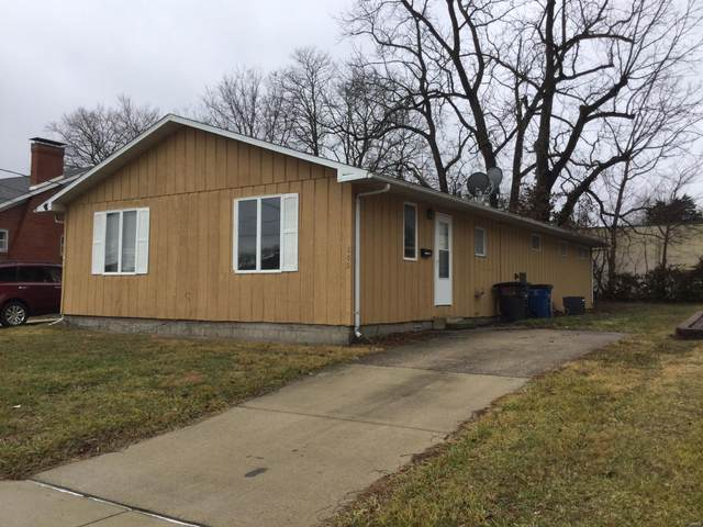 805 S. Third Street, Greenville, IL 62246 (#21004668) :: Realty Executives, Fort Leonard Wood LLC