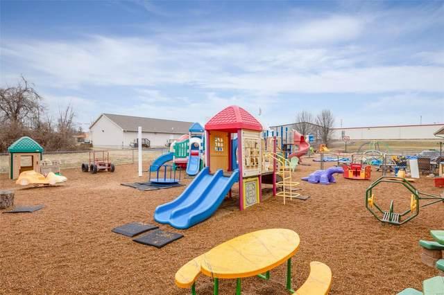 905 Maple, Farmington, MO 63640 (#21004752) :: St. Louis Finest Homes Realty Group