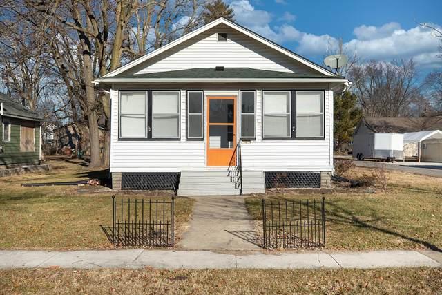720 W Sycamore, Carrollton, IL 62016 (#21004892) :: Realty Executives, Fort Leonard Wood LLC