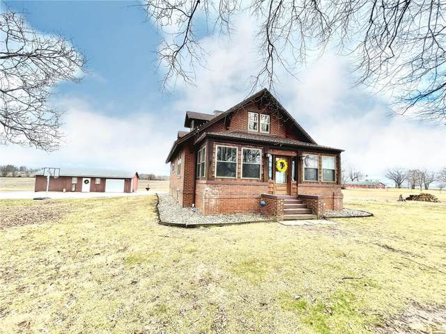705 W Hillview Avenue, Greenville, IL 62246 (#21005011) :: St. Louis Finest Homes Realty Group