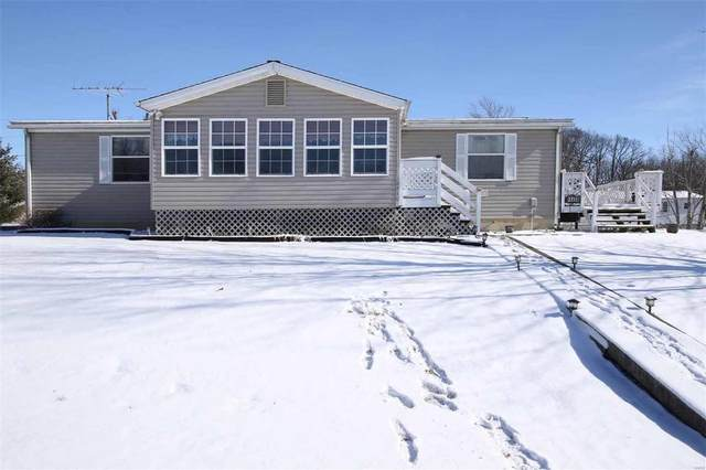 16438 Cedar Crst, Brighton, IL 62012 (#21005071) :: Walker Real Estate Team
