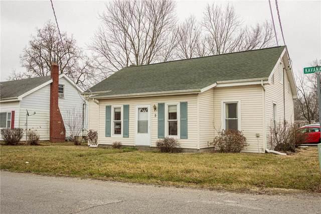 5 E Kavanaugh Street, POCAHONTAS, IL 62275 (#21005153) :: Parson Realty Group