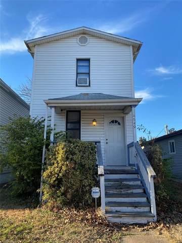 4549 Ray Avenue, St Louis, MO 63116 (#21006668) :: Hartmann Realtors Inc.