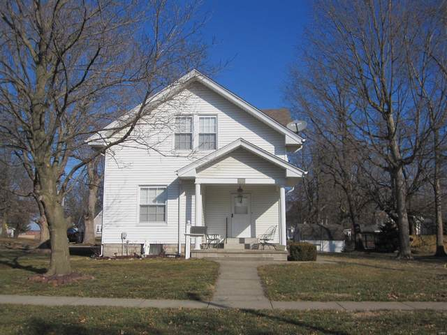 119 W Barr Avenue, Jerseyville, IL 62052 (#21007342) :: Fusion Realty, LLC