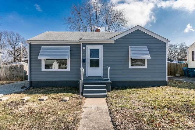 539 12th Street, Wood River, IL 62095 (#21008027) :: Tarrant & Harman Real Estate and Auction Co.