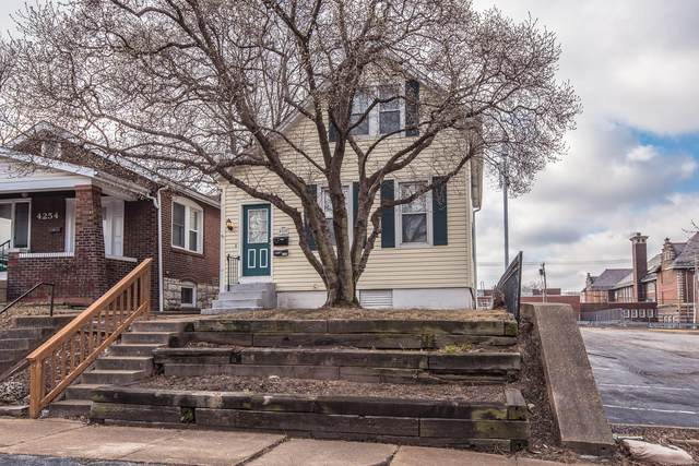 4258 Delor Street, St Louis, MO 63116 (#21008079) :: Jeremy Schneider Real Estate