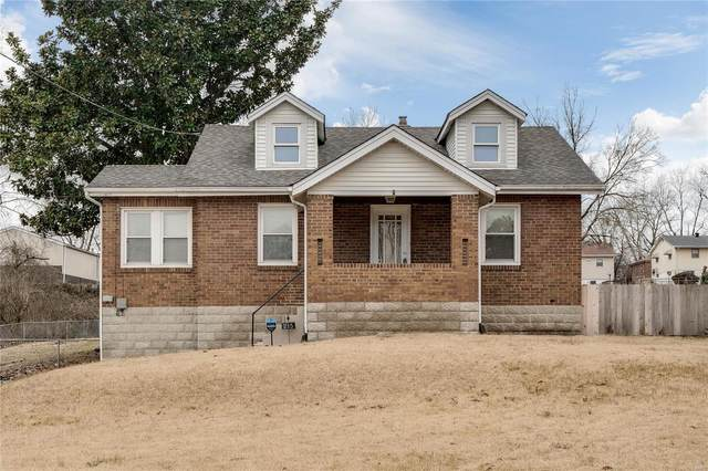 215 N Dellwood, St Louis, MO 63135 (#21008187) :: Parson Realty Group